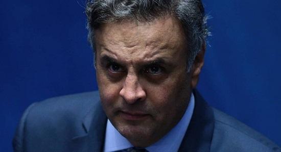 """Newton Cardoso  diz que o problema de Aécio, """"além do pó, é a corrupção"""""""