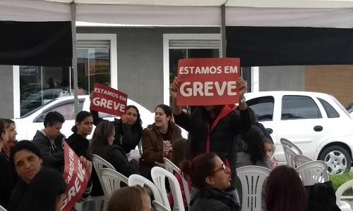 Educadores infantis da rede municipal de ensino entraram em greve