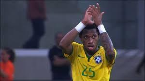 Rumo à Copa e à Inglaterra: Fred dá a volta por cima