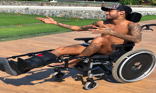 Dugarry ataca Neymar por não comparecer no jogo do título do PSG
