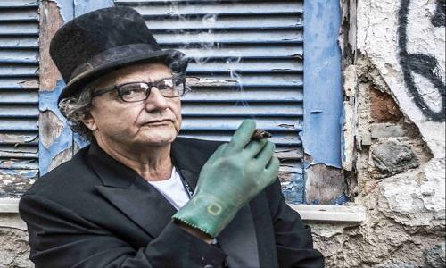 Poesia, drama e musical aquecem o teatro de Copacabana