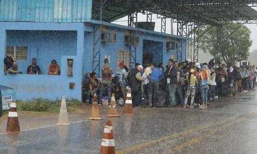 Governo de Roraima vai ao STF para que governo feche a fronteira com a Venezuela