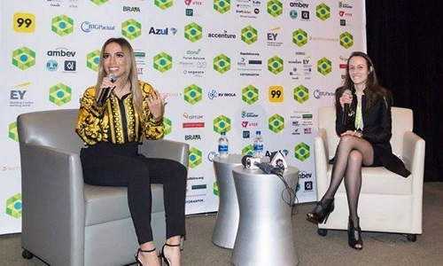 'Minha mãe me ensinou o valor de estudar' diz Anitta
