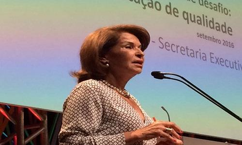 Maria Helena deixa o Ministério da Educação