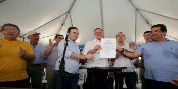 BAHIA: Rui Costa autoriza recuperação de 125 quilômetros da BA-463, em São Desidério