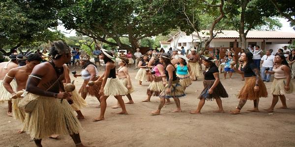 Evento na Uefs debate resistência e direitos dos povos indígenas