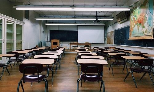 Projeto Escola Sem Partido avança na Câmara