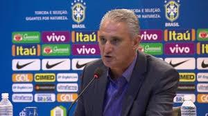 Seleção trabalha com a lista de convocados sem a presença de Daniel Alves