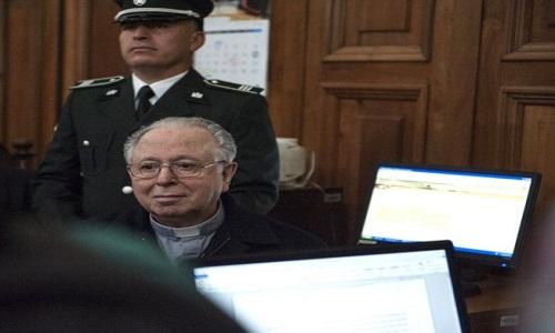 Padre é condenado por pedofilia