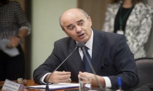 Parecer de Luciano defende foro de governadores no STJ