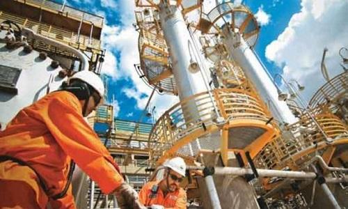 Petrobras aumenta o preço da gasolina e reduz do diesel