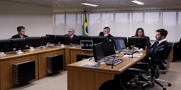 Depois de condenar Lula, o ritmo do TRF-4 não é mais o mesmo