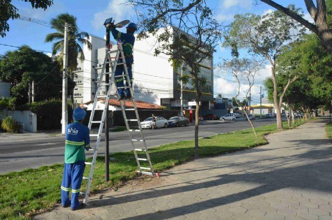 Instalação de lâmpadas led,na avenida Getúlio vargas