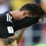 Cobranças e criticas ao jogador Messi o leva a lagrimas