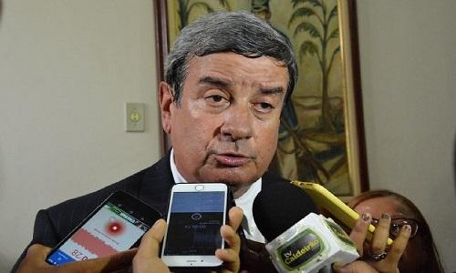 Colbert Martins vai a Brasília apressar a liberação de recursos para projetos