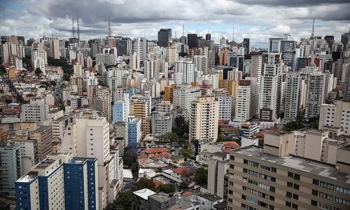 Custo de vida menor para estrangeiros que trabalham no Brasil
