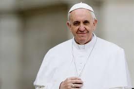 """Papa pede que britânicos  """"escutem os clamores"""" de  vítimas de escravidão moderna"""