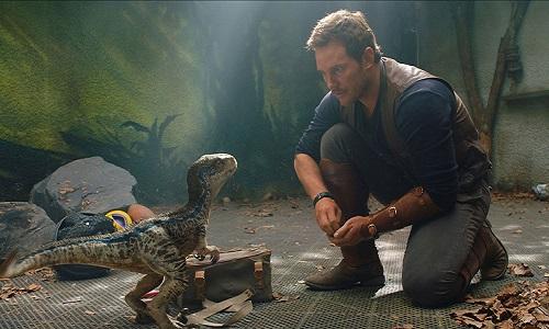 'Jurassic World: Reino ameaçado',Mantém em 1º lugar nas bilheterias