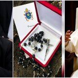 Vaticano publica desmentido do desmentido sobre terço do Papa a Lula
