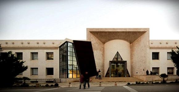 Universidade de Portugal oferece curso gratuito para brasileiros
