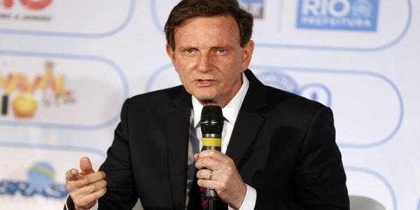 Câmara do Rio suspende recesso para discutir impeachment de Crivella