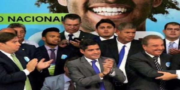 DEM prepara documento com princípios econômico para firmar aliança com Ciro Gomes