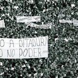 BRASIL CAMINHA PARA A DITADURA ABERTA