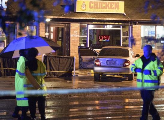 Tiroteio nos EUA deixa 3 mortos e 7 feridos