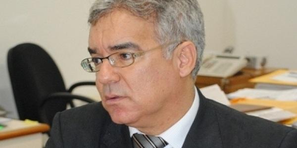 Zé Neto rebate críticas e afirma que é trágica a história da oposição em relação ao Planserv