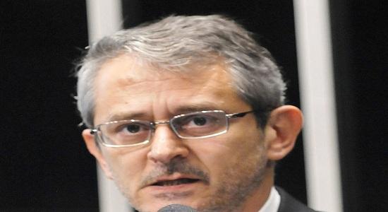 Morreu em São Paulo aos 61 anos o jornalista Otavio Frias Filho, da Folha.