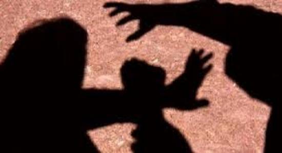 Pastor evangélico dava dinheiro às crianças que estuprava