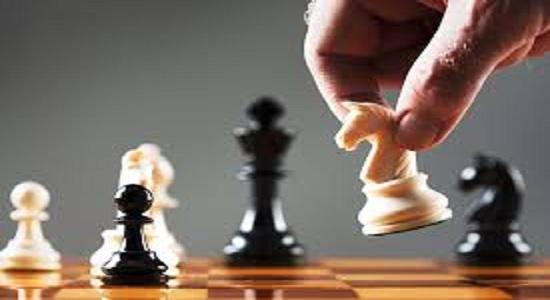 O jogo político chega ao peso pesado