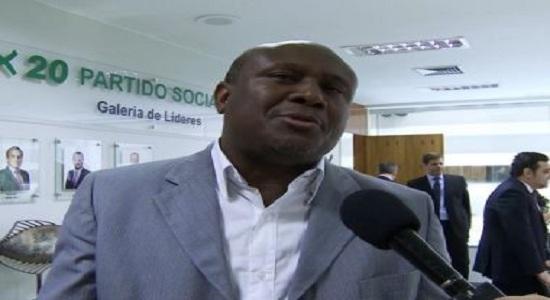Lázaro nega ter desistido de concorrer ao Senado: 'Quem decide isso é Zé Ronaldo'