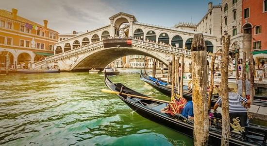 Veneza está em perigo e autoridades tentam salvá-la antes que seja tarde