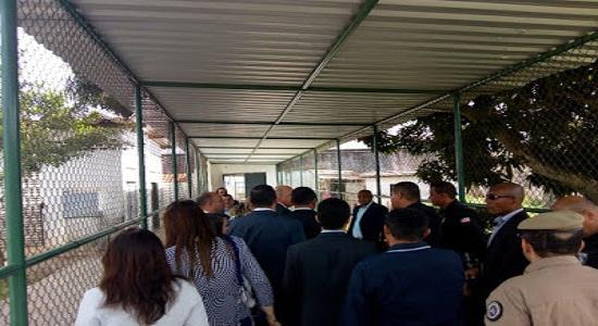 A visita do secretário Nestor Duarte ao interditado Conjunto Penal de Feira de Santana