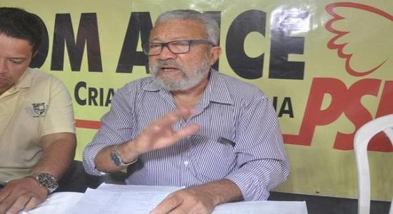 Presidente do PSB em Salvador vai apoiar outro senador