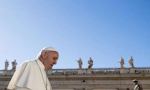 Arcebispo italiano reafirma acusações contra Papa