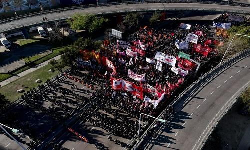 Greve geral contra governo Macri na Argentina