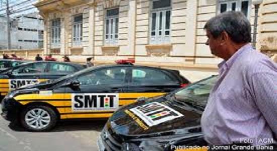 Prefeito Colbert apresenta nove novas viaturas, da SMTT