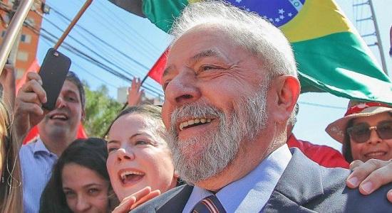 Lula cresce até em pesquisa de banqueiros
