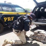 PRF prende homem  com 44 kg de cocaína embaladas com foto de Pablo Escobar