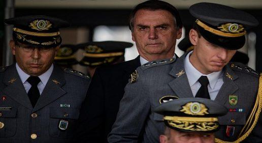 Forças Armadas podem 'substituir' Jair Bolsonaro