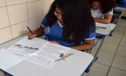 Aulões para o Enem são realizado em outubro para alunos de escolas estaduais da Bahia