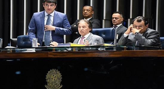 Eunício devolve medida provisória das dívidas rurais à Câmara para correções