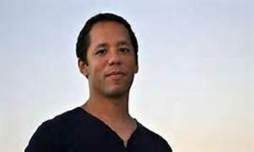 Escritor brasileiro Itamar Vieira Junior é o ganhador do Prêmio Leya