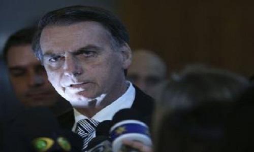 Bolsonaro quer foco na economia para tentar aprovar algo ainda em 2018