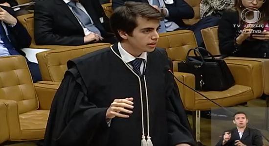 Advogado de 18 anos é o mais jovem a fazer sustentação oral no STF