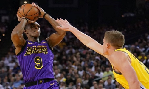 Rondo vai  passar  por cirurgia e vai  desfalcar Lakers por pelo menos um mês