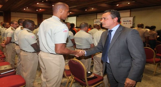 Governador Rui Costa autoriza pagamento de militares aposentados em folha especial