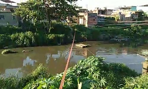 Militares encontrou  balsa que foi usada na fuga de traficantes na Zona Norte do Rio